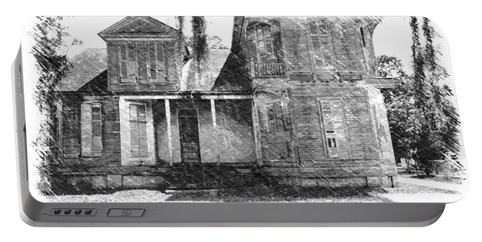 Louisiana Portable Battery Charger featuring the photograph Homestead 2 by Dick Goodman