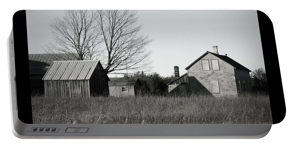Deserted Portable Battery Charger featuring the photograph Homestead by Tim Nyberg