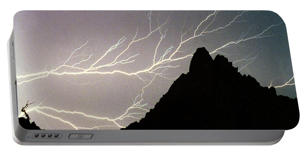 Lightning Portable Battery Charger featuring the photograph Horizonal Lightning Poster by James BO Insogna