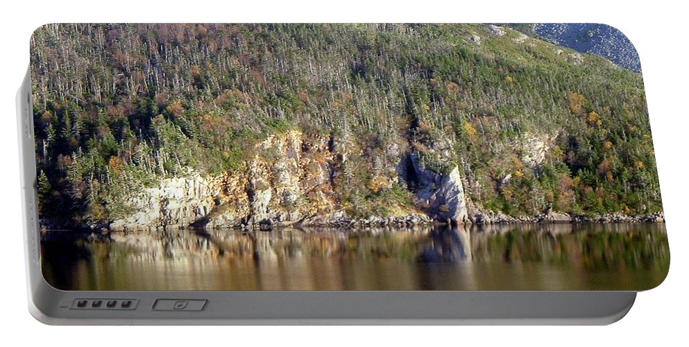 Ice Cliff Portable Battery Charger featuring the photograph Ice Cliff In Autumn by Barbara Griffin