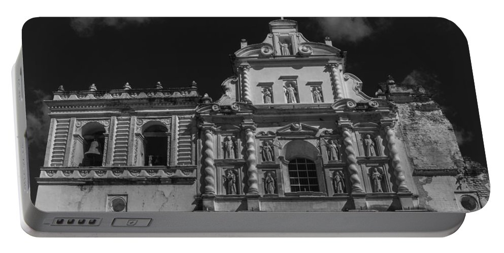 Iglesia San Francisco Portable Battery Charger featuring the photograph Iglesia San Francisco - Antigua Guatemala II by Totto Ponce