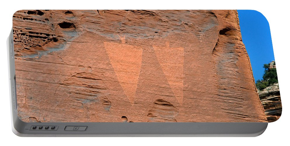 Petroglyphs Portable Battery Charger featuring the photograph Indian Creek Watchers by David Lee Thompson