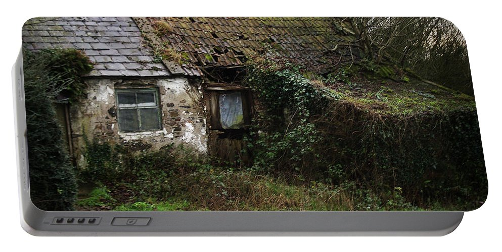 Hovel Portable Battery Charger featuring the photograph Irish Hovel by Tim Nyberg
