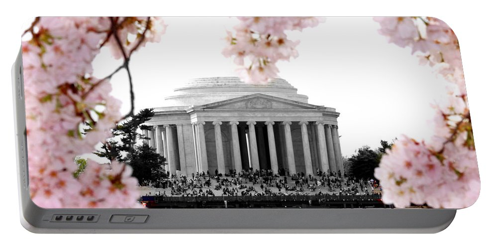Jefferson Portable Battery Charger featuring the photograph Jefferson In Spring by Tina Meador