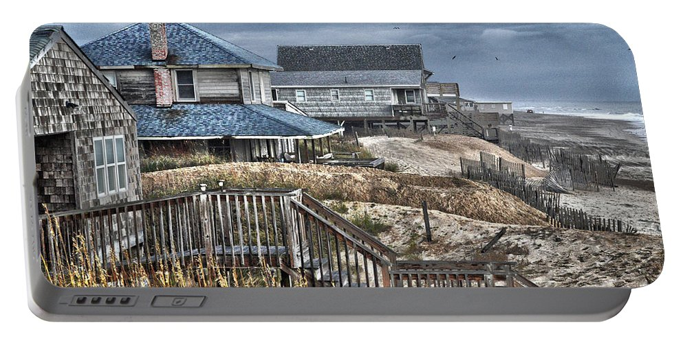 Obx Portable Battery Charger featuring the photograph Kill Devil Hills Morning by Rod Farrell