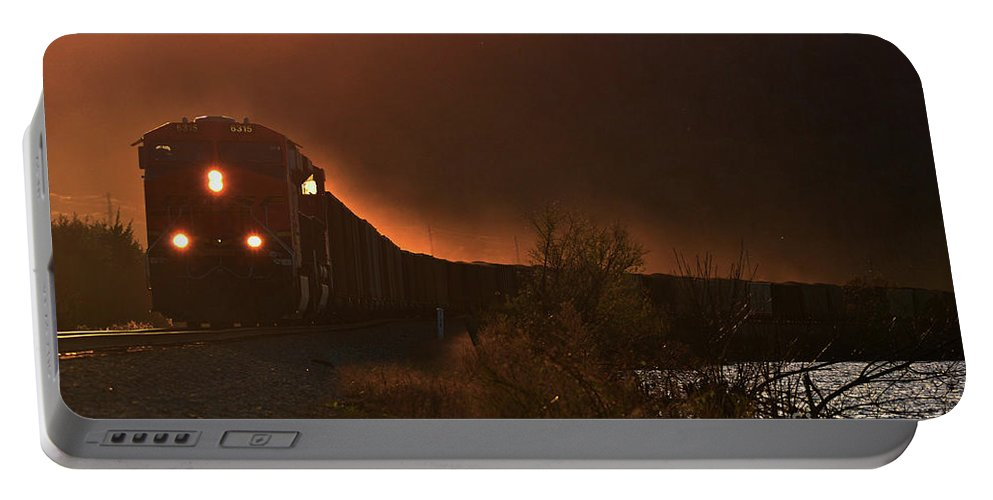 Train Portable Battery Charger featuring the photograph Lake Nickajack Sunset by Baxter Barnes