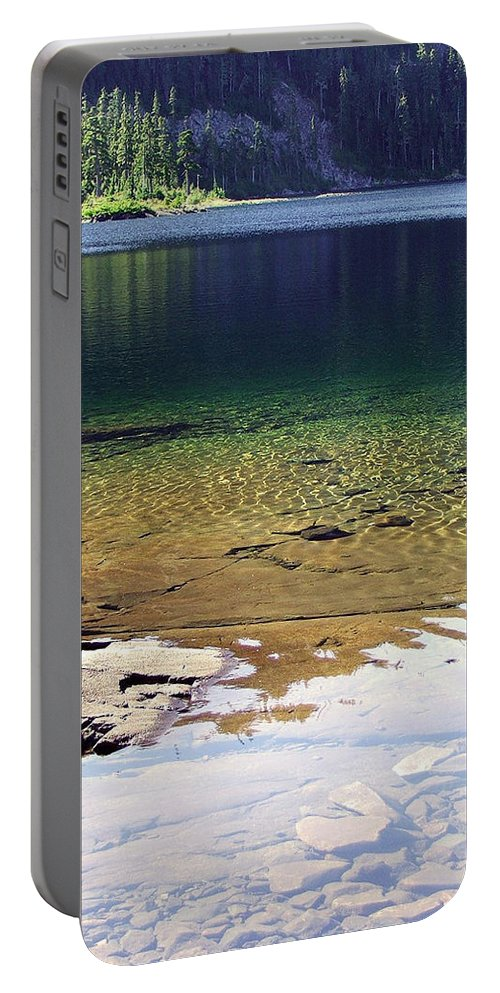 Vancouver B.c. Portable Battery Charger featuring the photograph Lake Washington by Robert Meanor