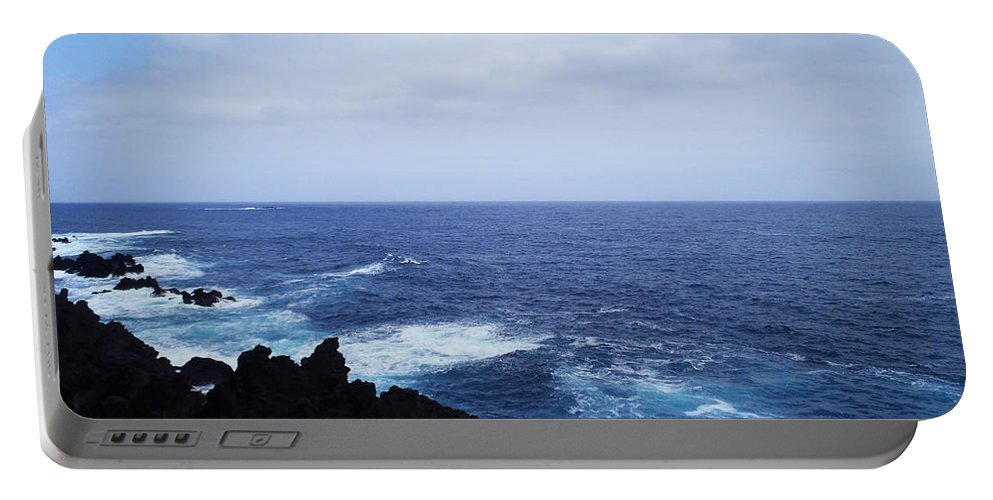 Sea Portable Battery Charger featuring the photograph Wild Sea by Laura Greco