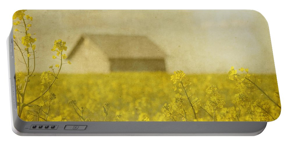 Oregon Portable Battery Charger featuring the photograph Little House On The Prairie by Rebecca Cozart