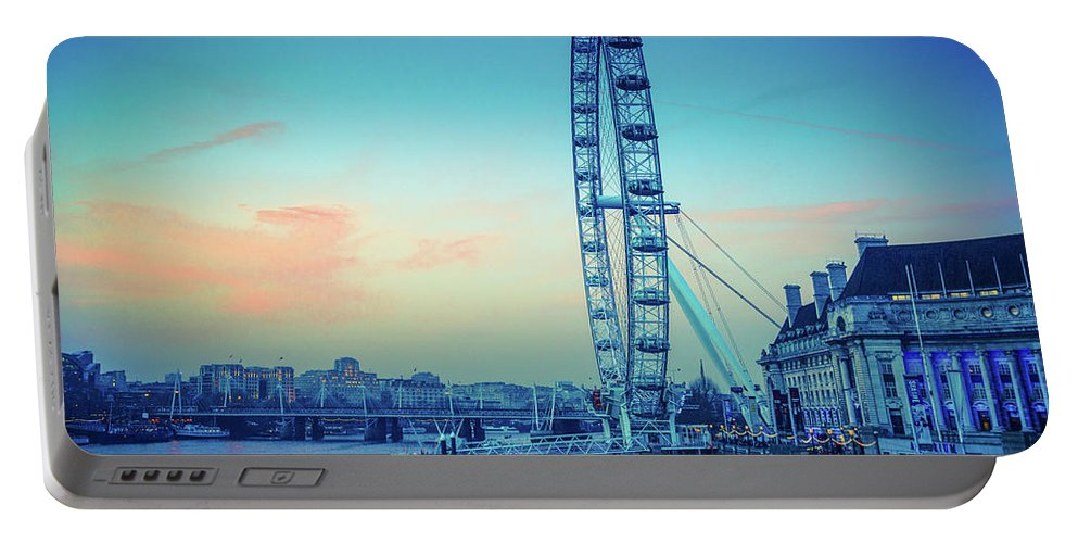 2014 Portable Battery Charger featuring the photograph London Eye At Dusk by Lana Enderle