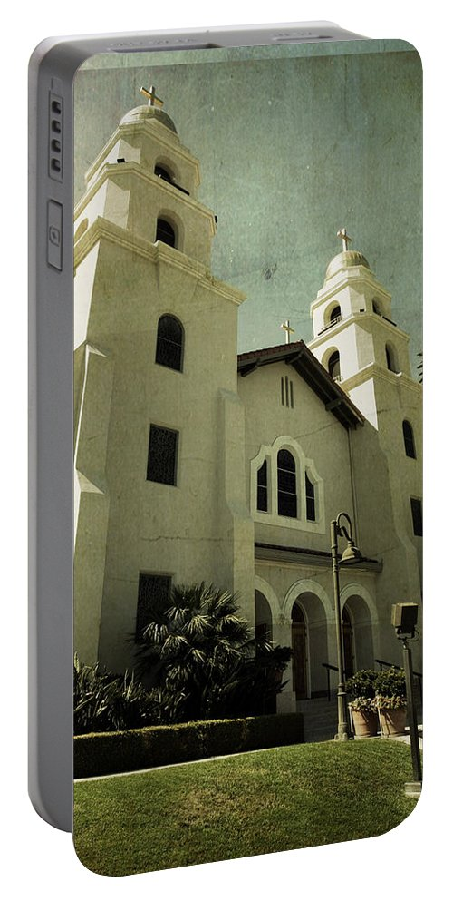 Church Portable Battery Charger featuring the photograph Beverly Hills Church by Scott Pellegrin