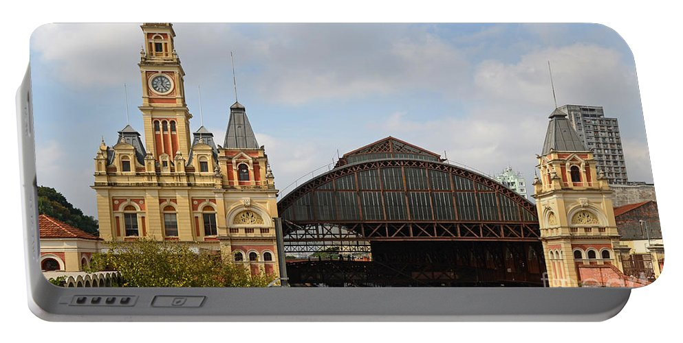 Luz Portable Battery Charger featuring the photograph Luz Station In Sao Paulo - Brasil. by Ralf Broskvar