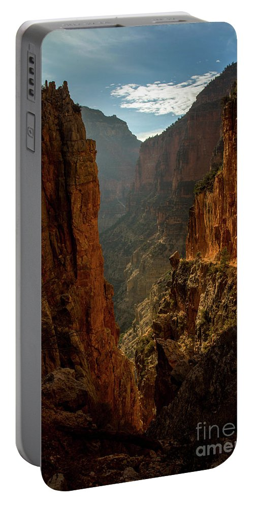 Grand Canyon Portable Battery Charger featuring the photograph Magestic View by Jane Axman