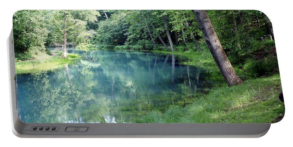 Maramec Springs Park Portable Battery Charger featuring the photograph Maramec Springs 1 by Marty Koch