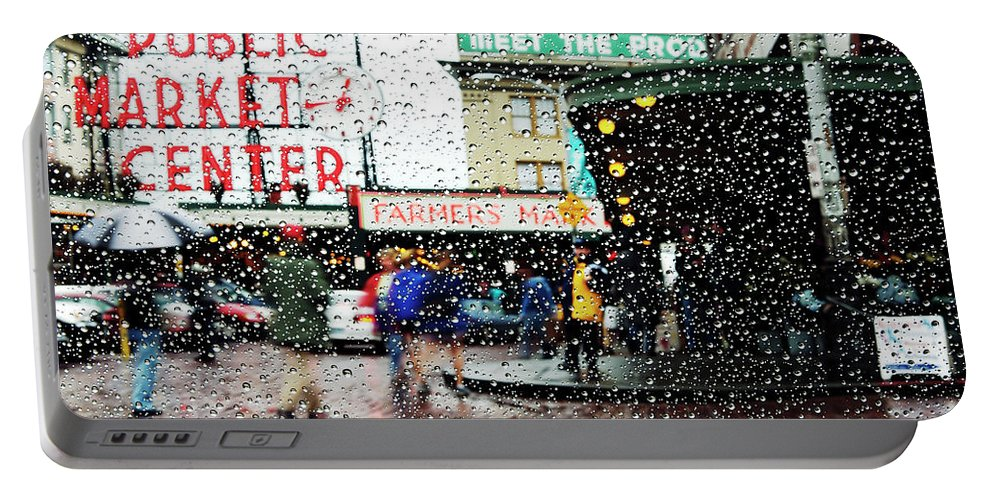 Seattle Portable Battery Charger featuring the photograph Market In Rain J005 by Yoshiki Nakamura