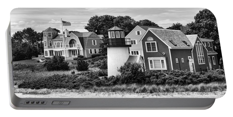 Hyannis Lighthouse Portable Battery Charger featuring the photograph Hyannis Lighthouse Bw by Carlos Diaz