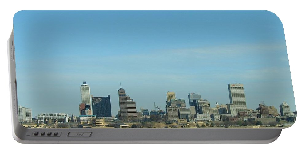 Memphis Portable Battery Charger featuring the photograph Memphis Skyline by J R Seymour