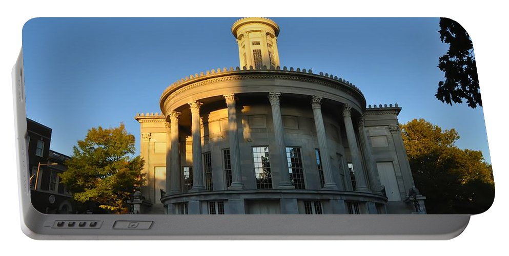 Merchant Exchange Building Portable Battery Charger featuring the photograph Merchant Exchange Building - Philadelphia by Bill Cannon