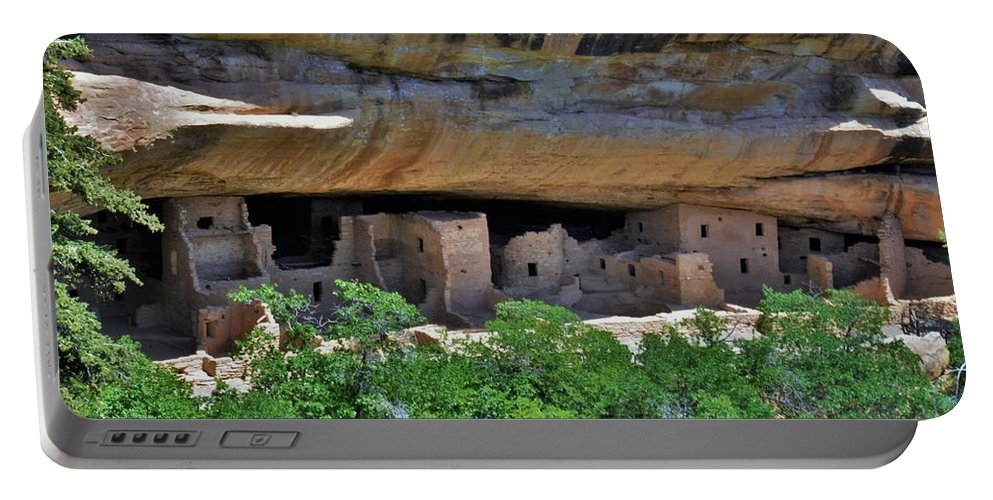 Mesa Verde Portable Battery Charger featuring the photograph Mesa Verde National Park 4 by Flo McKinley