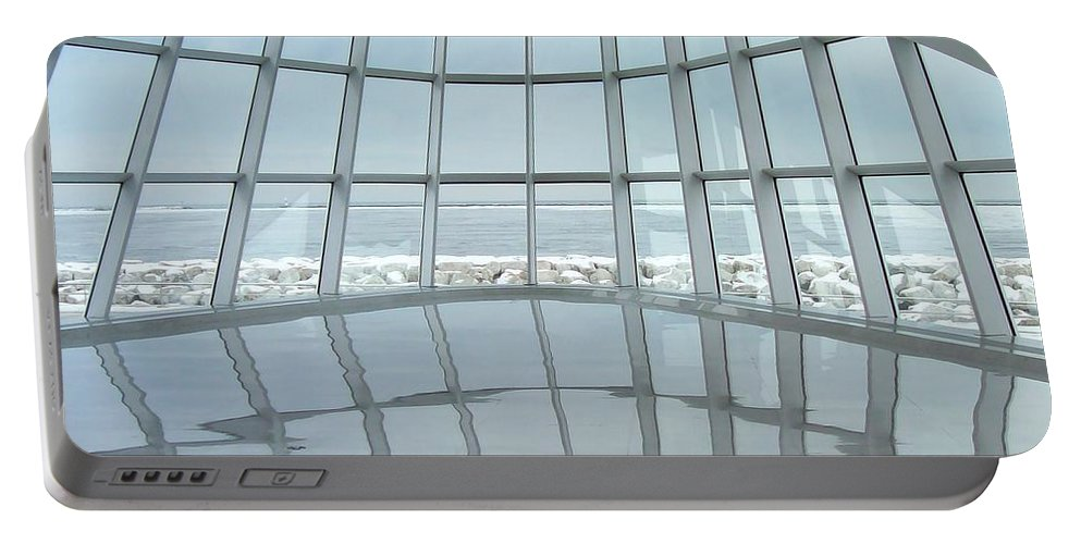 Milwaukee Portable Battery Charger featuring the photograph Milwaukee Art Museum Lake Michigan by Lauri Novak