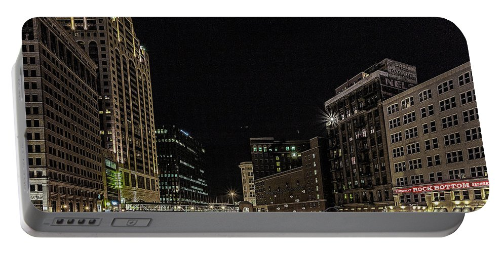 Milwaukee River Portable Battery Charger featuring the photograph Milwaukee Downriver by Jeffrey Ewig