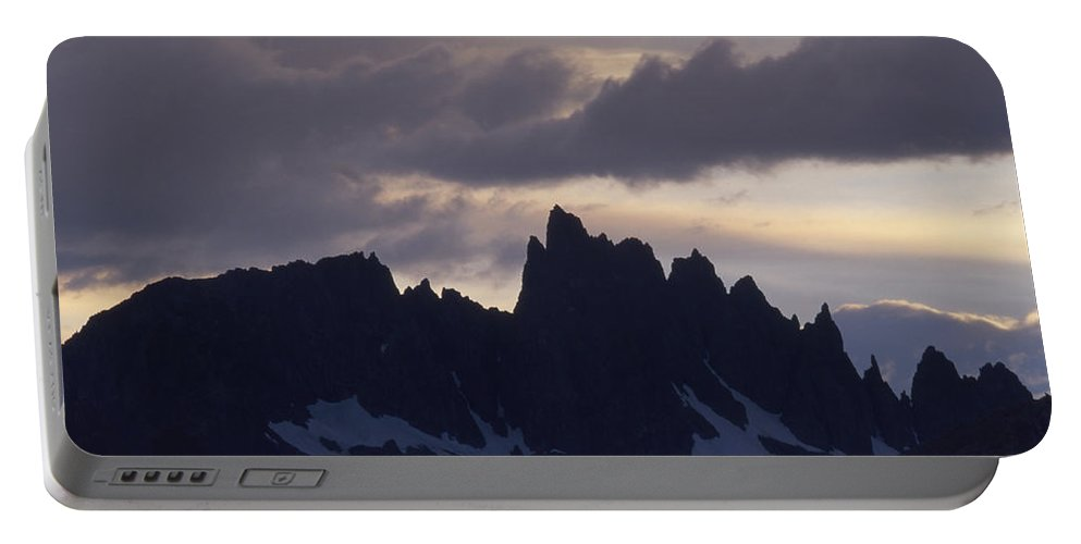 Minarets Portable Battery Charger featuring the photograph Minarets by Soli Deo Gloria Wilderness And Wildlife Photography