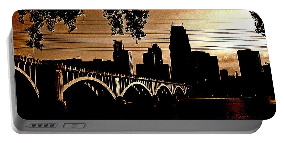 Minneapolis Portable Battery Charger featuring the photograph Minneapolis Skyline In Copper by Tom Reynen