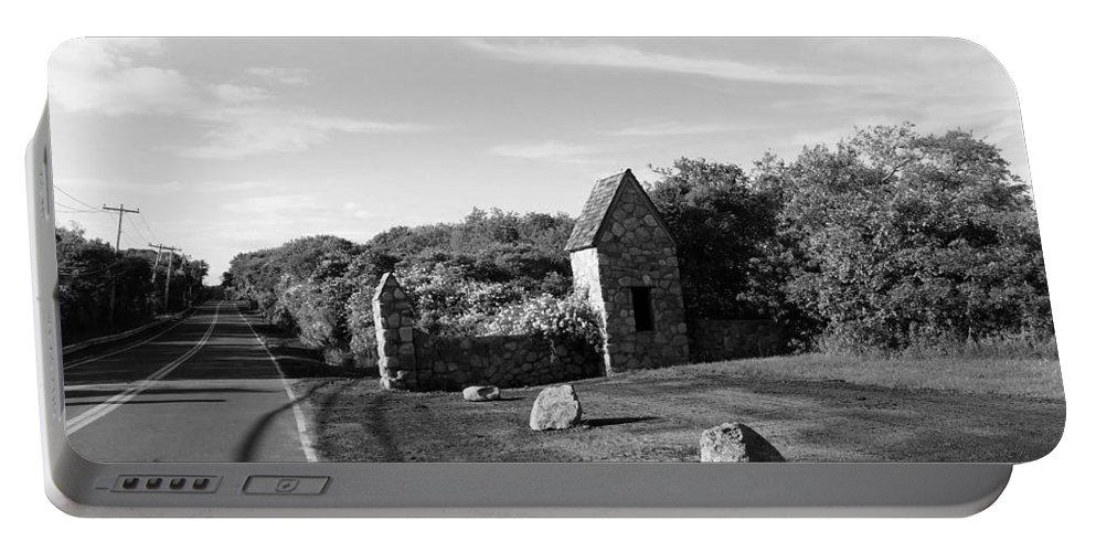 Stones Portable Battery Charger featuring the photograph Montauk Guard House B W by Rob Hans