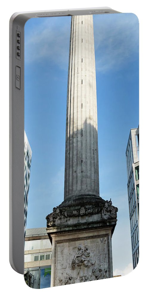 Architecture Portable Battery Charger featuring the photograph Monument To The Great Fire Of London by Jacek Wojnarowski