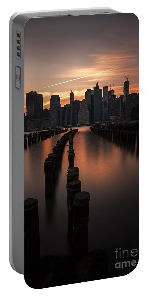 Manhattan Portable Battery Charger featuring the photograph Mooring Eve by Andrew Paranavitana