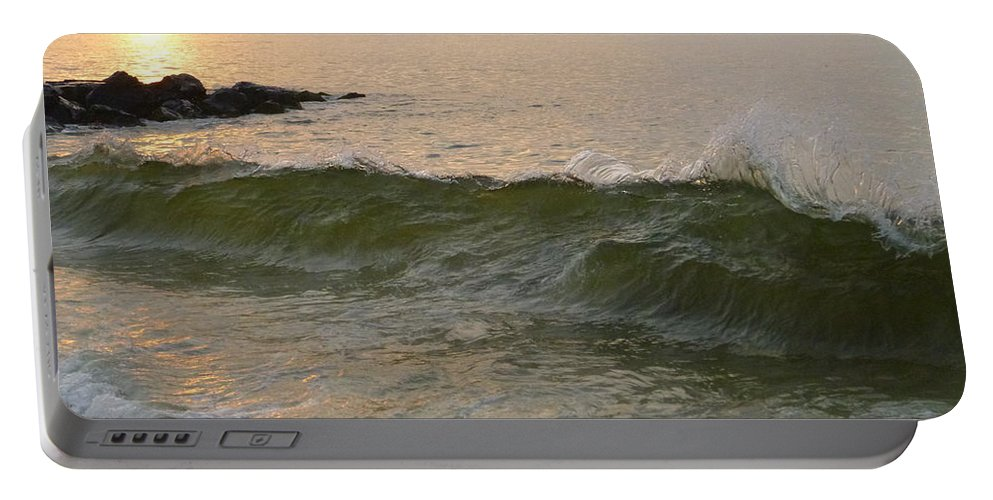 Sunrise Portable Battery Charger featuring the photograph Morning At The Edge Of The Continent by Ellen Paull