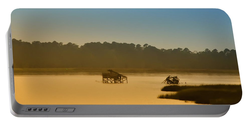 Jamestown Portable Battery Charger featuring the photograph Morning On The Bay by Bill Cannon
