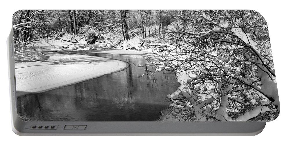 Vermont Portable Battery Charger featuring the photograph Moving Around The Bend by Deborah Benoit