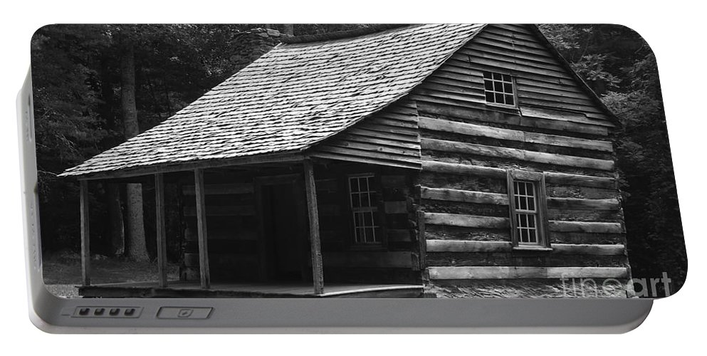 Tennessee Portable Battery Charger featuring the photograph My Tennessee Home by David Lee Thompson