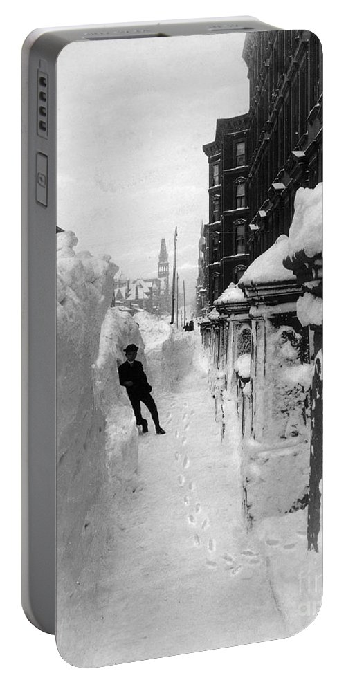 1888 Portable Battery Charger featuring the photograph New York: Blizzard Of 1888 by Granger