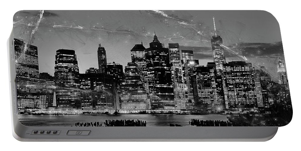 New York City Portable Battery Charger featuring the photograph New York Skyline Bw by Dorival Moreira