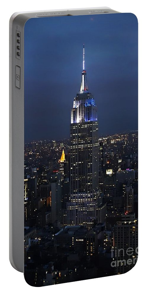 Empire State Building Portable Battery Charger featuring the photograph New York State Of Mind by Lilliana Mendez