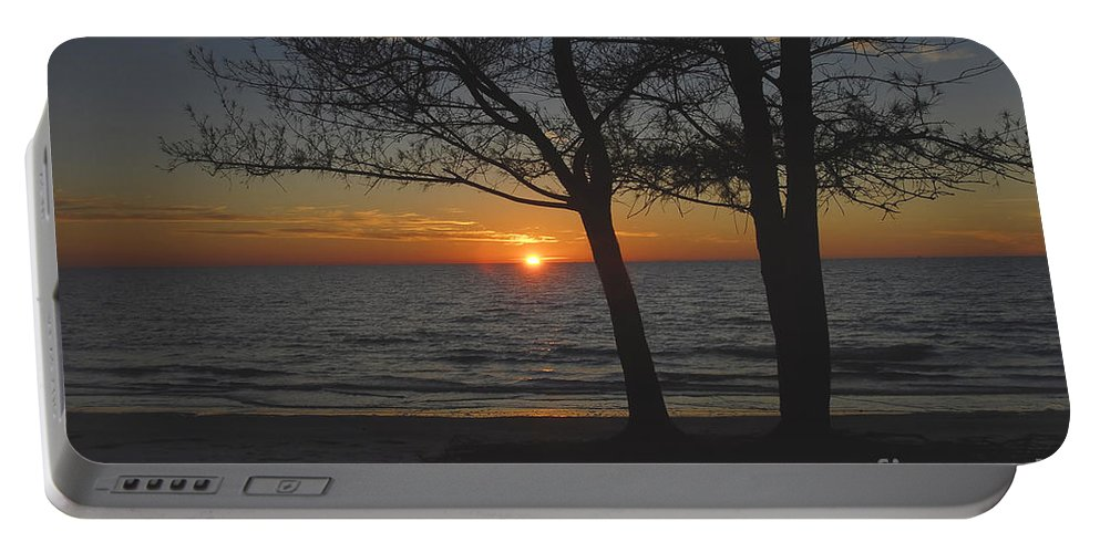Beach Portable Battery Charger featuring the photograph North Beach Sunset by David Lee Thompson