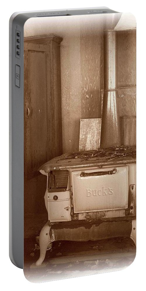 Stove Portable Battery Charger featuring the photograph Not Much Cookin - Unionville Nv by Nelson Strong