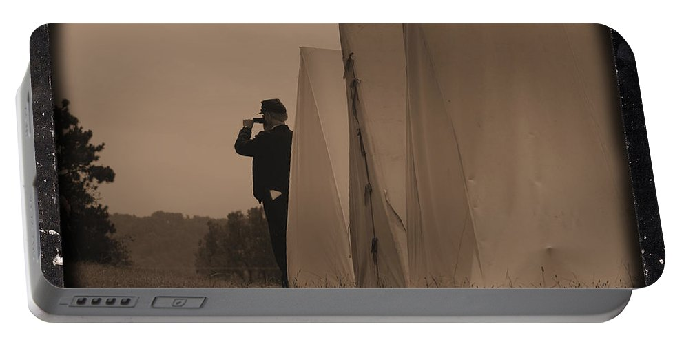 Union Portable Battery Charger featuring the photograph Observing The Field Of Battle by Tommy Anderson