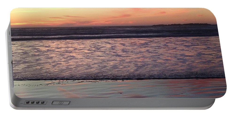 Ocean Portable Battery Charger featuring the photograph Ocean sunset by Shari Chavira