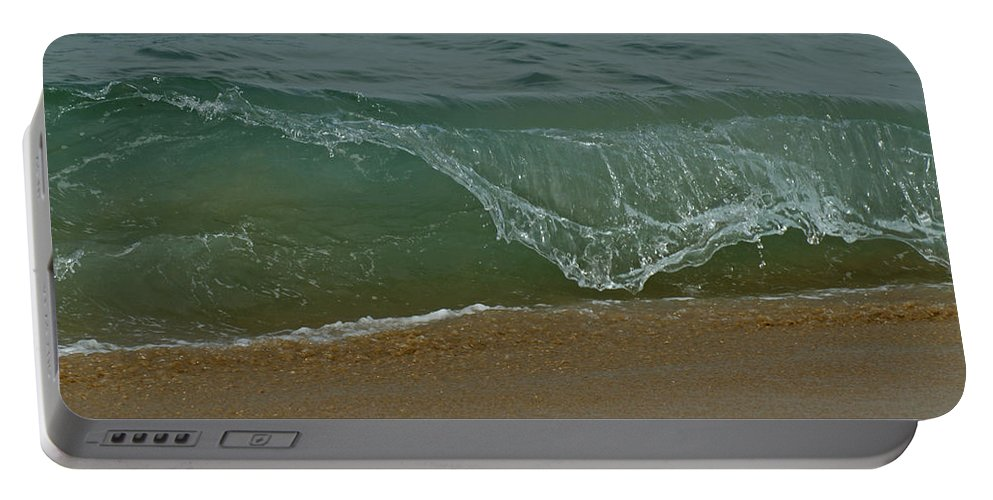 Beaches Portable Battery Charger featuring the photograph Ocean Wave by Ernie Echols