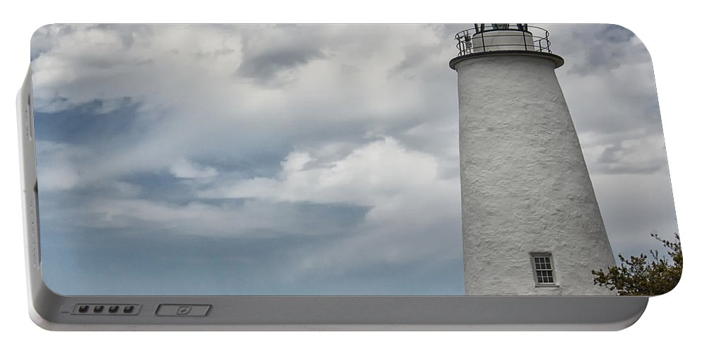 Atlantic Portable Battery Charger featuring the photograph Ocracoke Island Lighthouse by Tom Gari Gallery-Three-Photography