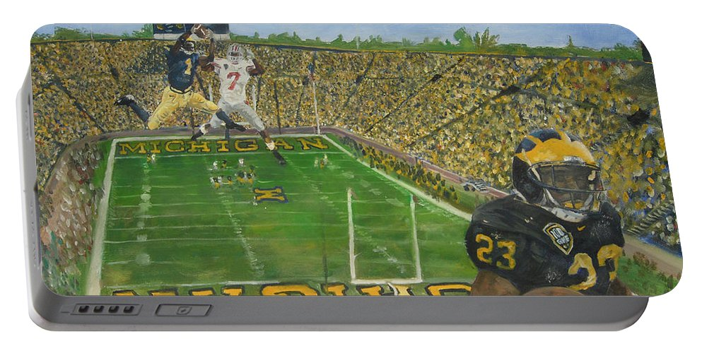 Michigan Portable Battery Charger featuring the painting Ohio State Vs. Michigan 100th Game by Travis Day
