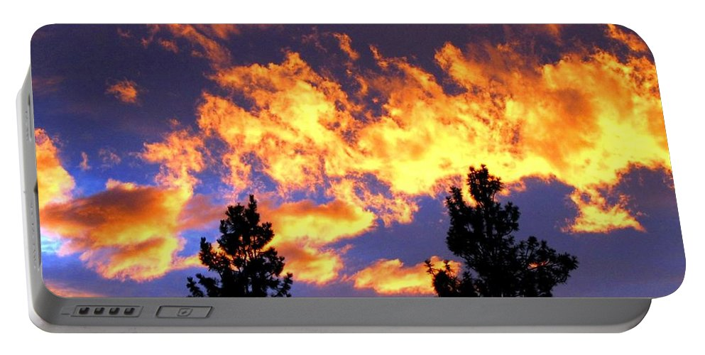 Sunset Portable Battery Charger featuring the photograph Okanagan Sunset by Will Borden