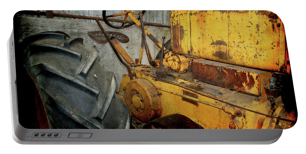 Crank Portable Battery Charger featuring the photograph Ol Yeller 2 by Ernie Echols
