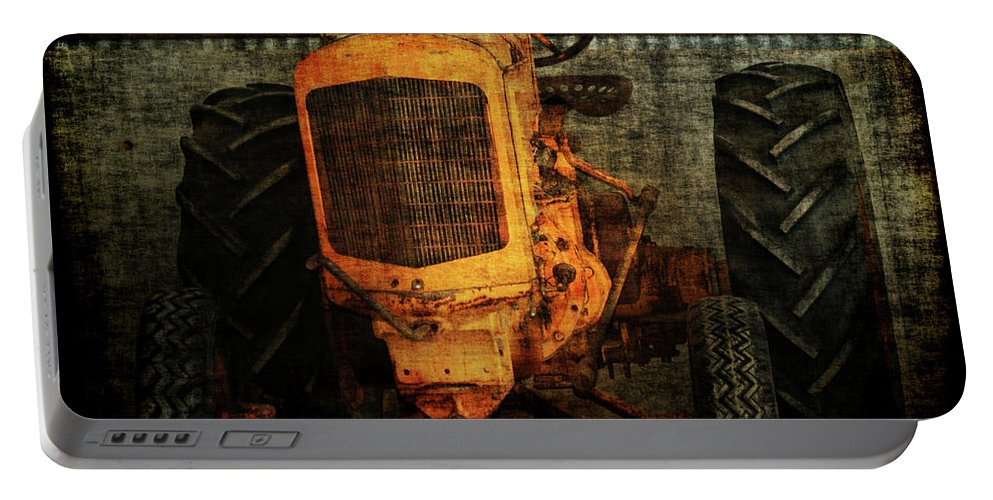 Tractors Portable Battery Charger featuring the photograph Ol Yeller by Ernie Echols