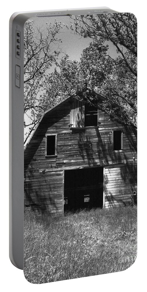 Barrns Portable Battery Charger featuring the photograph Old Cedar Barn by Richard Rizzo