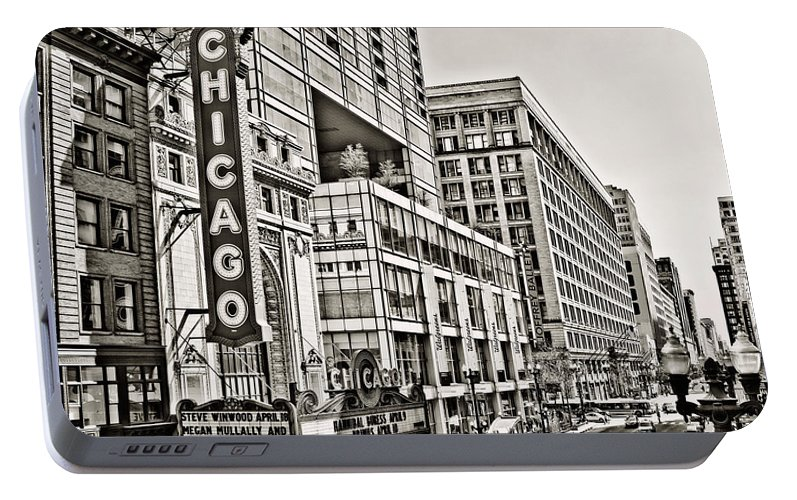 Old Chicago Theatre Portable Battery Charger