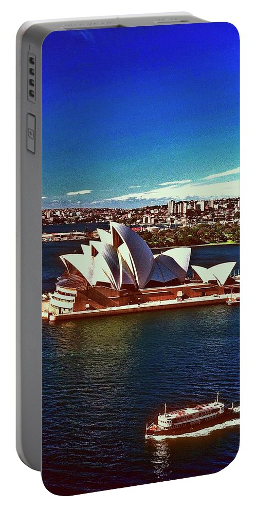Opera House Portable Battery Charger featuring the photograph Opera House Sydney Austalia by Gary Wonning